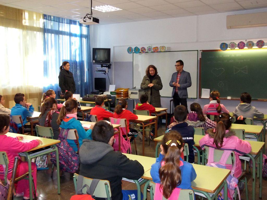 140114 visita concejales colegios proyecto Ninolandia adolfo Palo Blanco.jpg 1054497554
