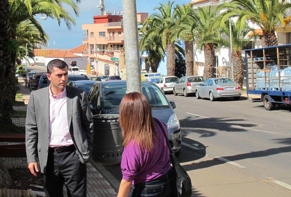 Alcalde visita zona comercial abierta Icod el Alto