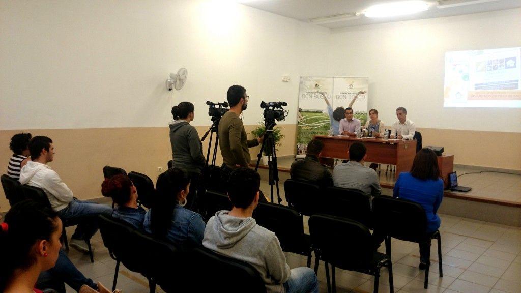 101014 Presentacion proyecto formacion Fundacion Don Bosco jovenes Palo Blanco