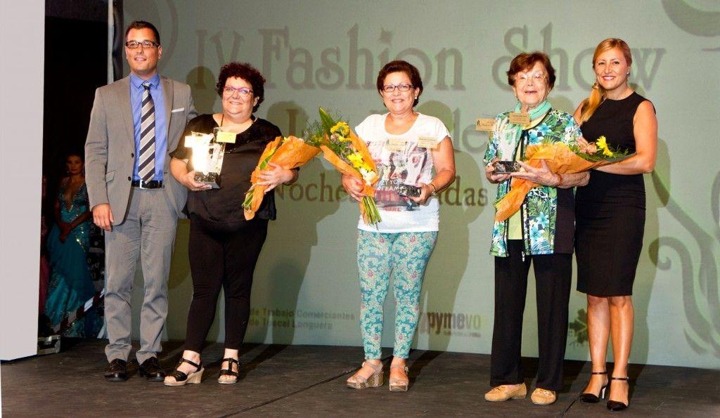 251014 Agujas de Oro IV Fashion Show en Toscal Longuera Adolfo y Blancanieves