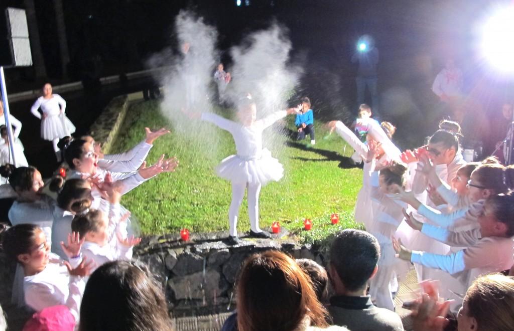 051214 Acto encendio alumbrado Navidad en La Cruz Santa