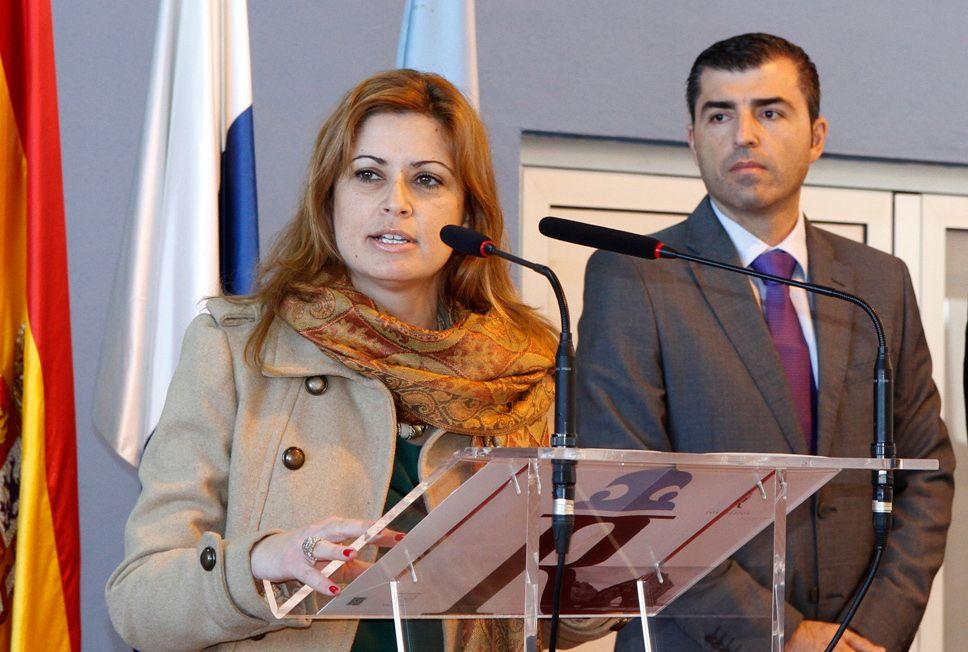 Noelia y alcalde 1