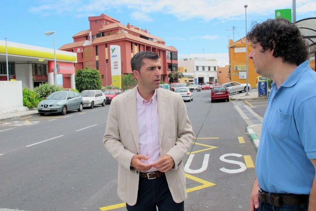 260615 Plan de Barrios obra segunda fase Los Barros alcalde y concejal Juan Carlos