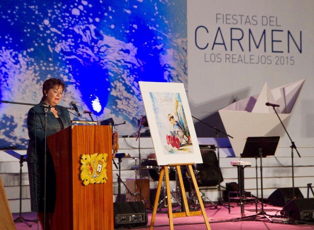 OLGA ALEGRE DE LA ROSA MANTENEDORA FIESTAS DEL CARMEN 2016 1