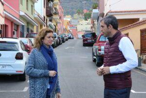 261217 Visita calle Viera y Clavijo anuncio obra Plan de Barrios