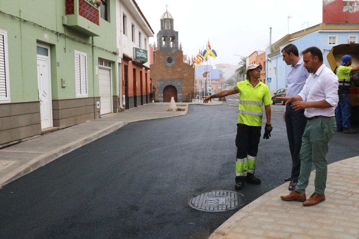 070818 PLAN DE BARRIOS Asfaltado calle Camino Real